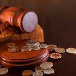 Aby soud povolil osobní bankrot, musí zde být předpoklad, že dlužník bude za dobu 5 roků schopen uhradit nejméně 30% svých dluhů.