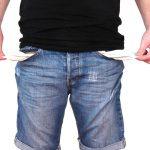 V případě, že dlužník nemá reálnou šanci dluh uhradit, pak je možné podat návrh na zastavení exekuce pro nemajetnost. Musí se ale jednat o oprávněný požadavek.