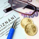 Dluh na sociálním pojištění spadá mezi přednostní pohledávky. Za každý den se dluh navyšuje o 0,05%.