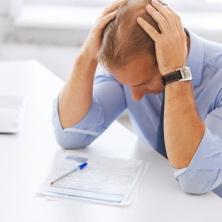 Neexistuje asi žádný jednoduchý návod, jak vyřešit dluhy. Ani žádná snadná cesta, jak se jich zbavit.