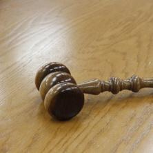 Na podání vylučovací žaloby máte opět 30 dní (od chvíle, kdy soudní exekutor zamítl váš návrh na vyškrtnutí věci ze soupisu).