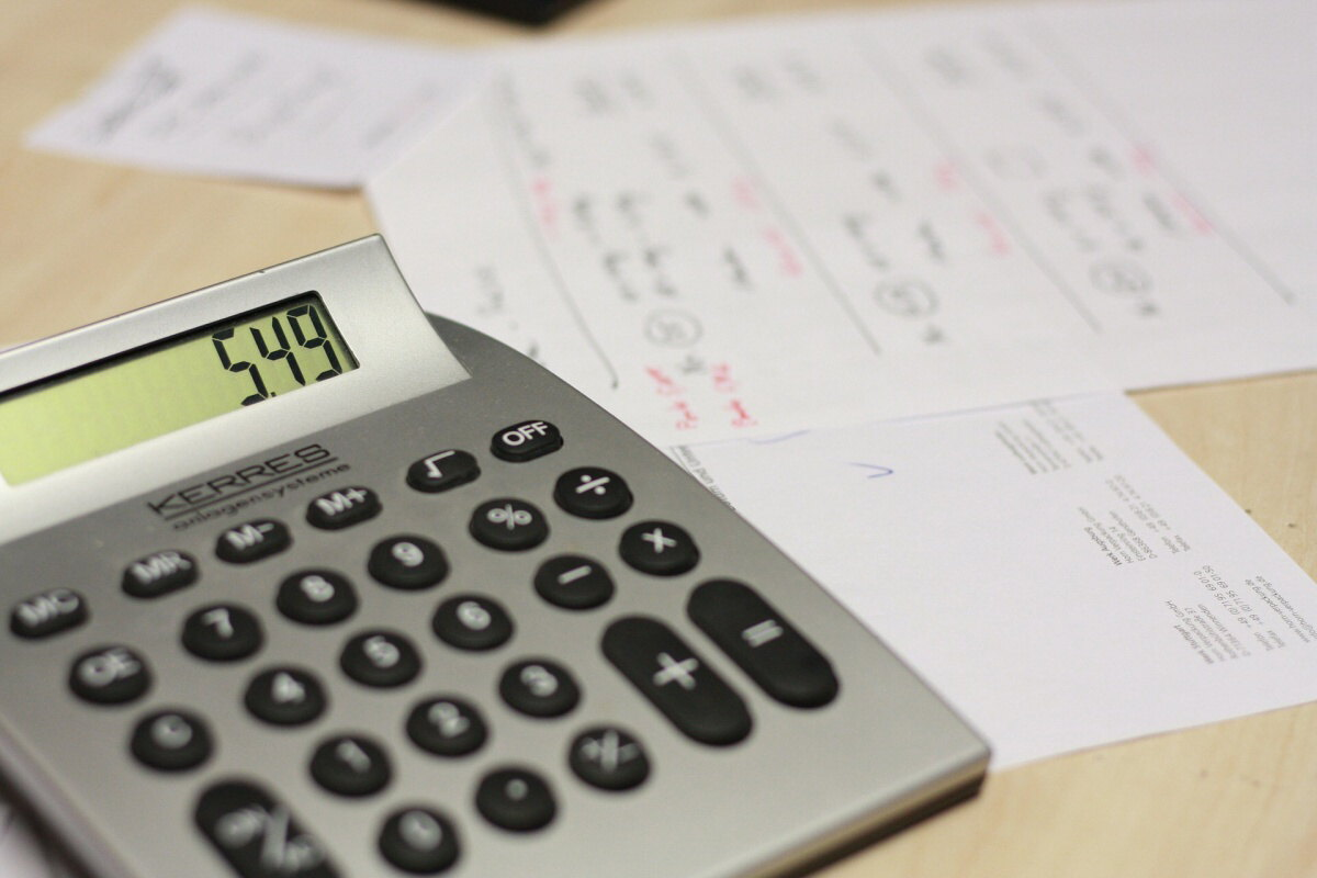 čistá mzda kalkulačka