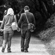 O oddlužení u soudu (insolvenci, osobní bankrot), může požádat buď jednotlivec (fyzická osoba), nebo mohou o oddlužení požádat manželé společně.
