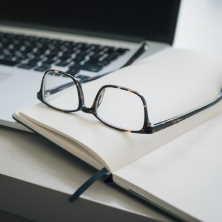 Dluh na sociální pojištění může vzniknout především podnikatelům (OSVČ).