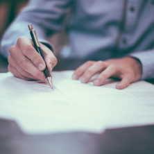 Insolvence (osobní bankrot nebo také soudní oddlužení), je mechanismus, s jehož pomocí mohou dlužníci řešit své vysoké dluhy.