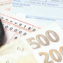 Půjčování peněz, bez kontrolování registrů, zakazují podmínky České národní banky.